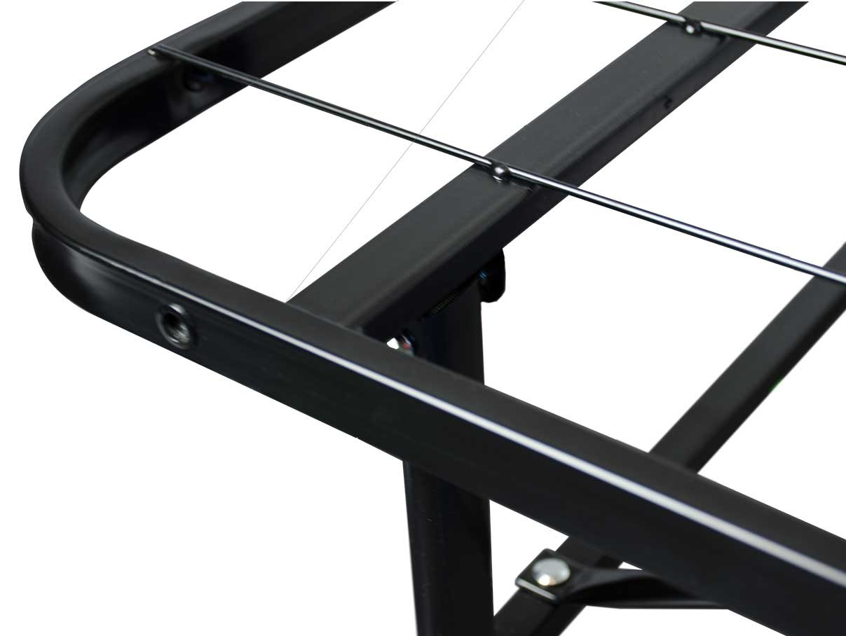 Heavy duty platform bed frame corner construction